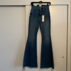Alice + Olivia bell bottom jeans size 24